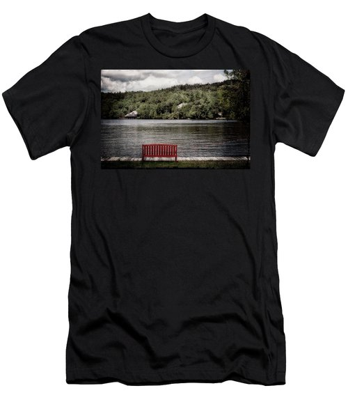 Red Bench Men's T-Shirt (Athletic Fit)