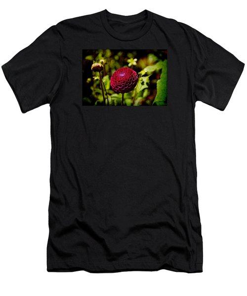 Red Dahila  Men's T-Shirt (Athletic Fit)