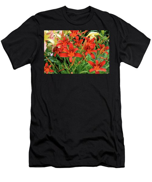 Red Daylilies Men's T-Shirt (Athletic Fit)