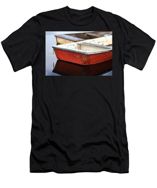 Red Dingy Men's T-Shirt (Athletic Fit)