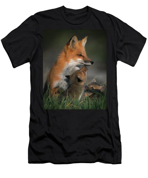 Red Fox Mother And Kits Men's T-Shirt (Athletic Fit)