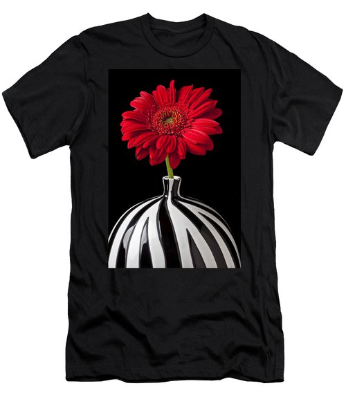 Red Gerbera Daisy Men's T-Shirt (Athletic Fit)