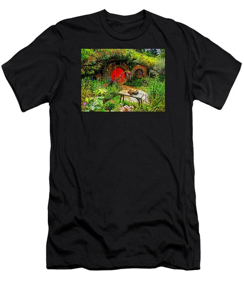 Red Hobbit Door Men's T-Shirt (Athletic Fit)