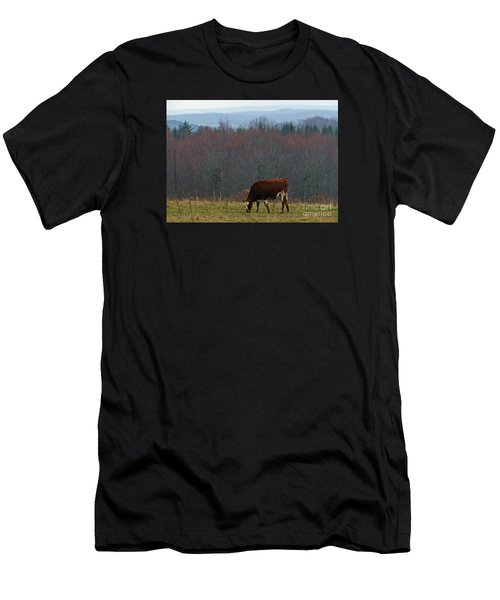 Red Holstein Of The Hills Men's T-Shirt (Athletic Fit)