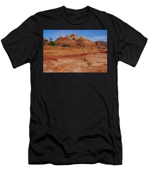 Red Rock Buttes Men's T-Shirt (Athletic Fit)