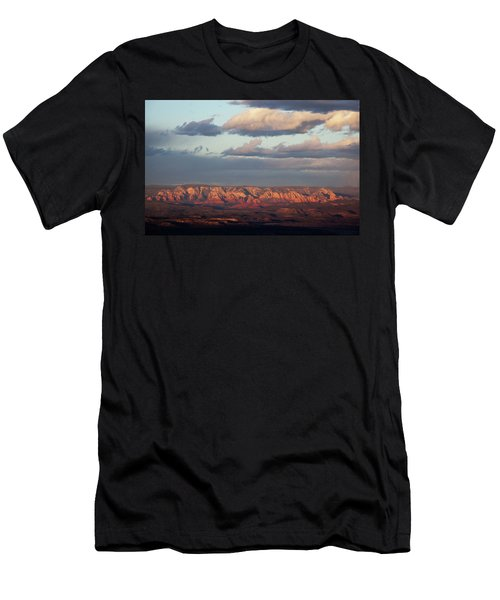 Red Rock Crossing, Sedona Men's T-Shirt (Athletic Fit)