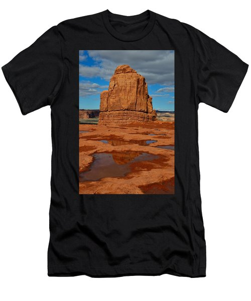 Red Rock Reflection Men's T-Shirt (Athletic Fit)