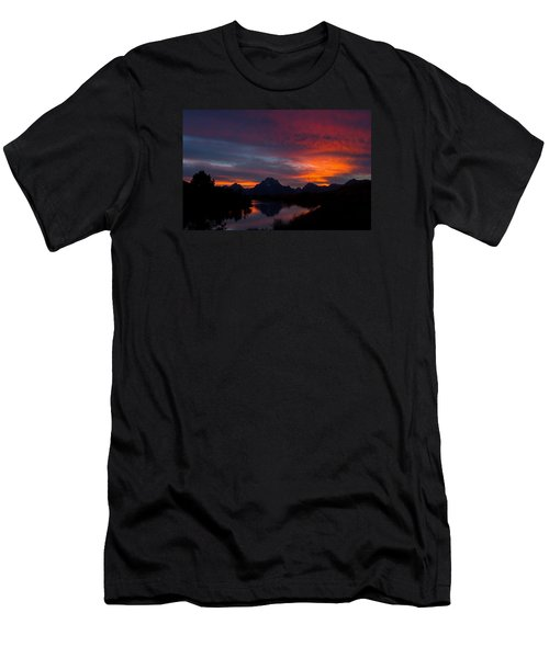 Red Sky At Oxbow Men's T-Shirt (Athletic Fit)