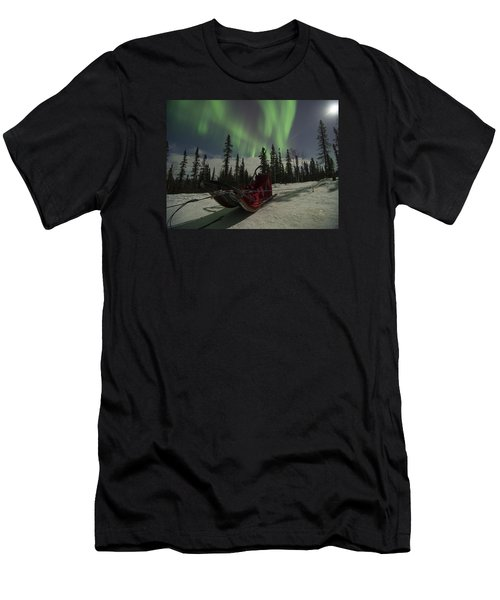 Red-sled Aurora Men's T-Shirt (Athletic Fit)