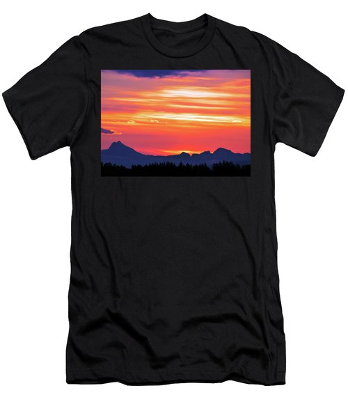 Red Sunrise Men's T-Shirt (Athletic Fit)
