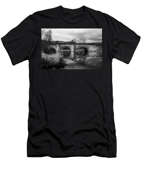 Reflecting Oval Stone Bridge In Blanc And White Men's T-Shirt (Athletic Fit)