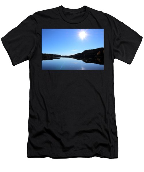 Reflection Of The Lake Men's T-Shirt (Athletic Fit)