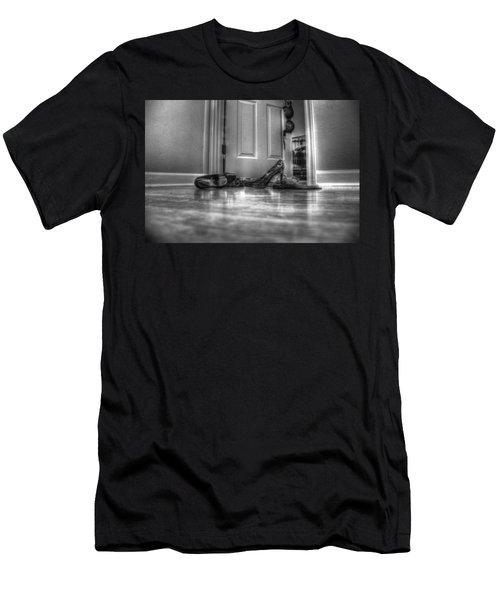 Rendezvous Do Not Disturb 05 Bw Men's T-Shirt (Athletic Fit)