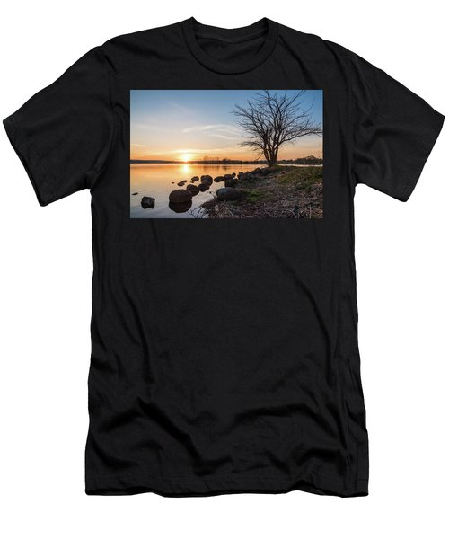 Reservoir Sunset Men's T-Shirt (Athletic Fit)
