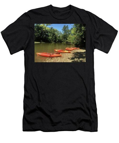 Resting Kayaks Men's T-Shirt (Athletic Fit)
