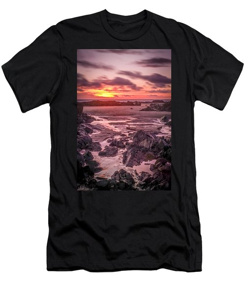 Rhosneigr Beach At Sunset Men's T-Shirt (Athletic Fit)