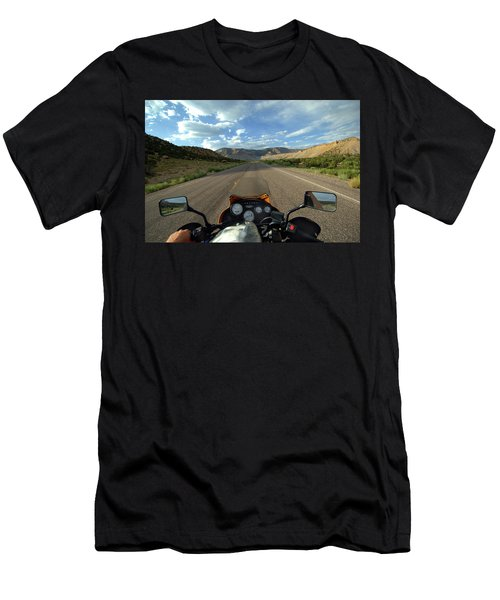 Ride To The Castle Dale Pagent Men's T-Shirt (Athletic Fit)