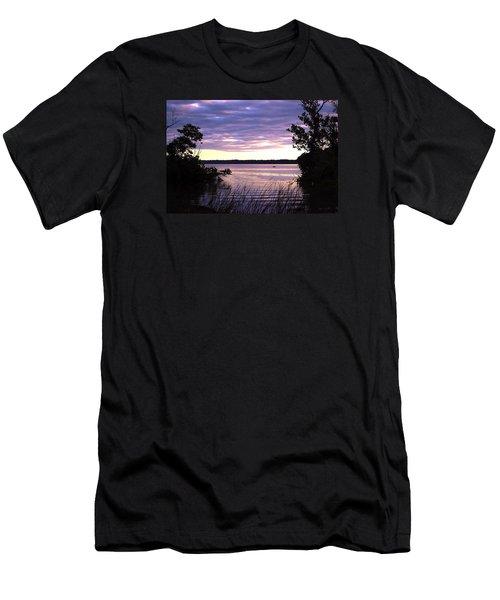 River Sunrise Men's T-Shirt (Athletic Fit)