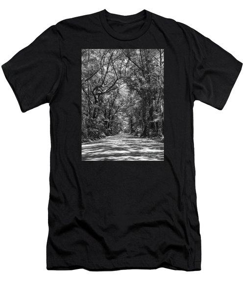 Road To Angel Oak Grayscale Men's T-Shirt (Slim Fit) by Jennifer White