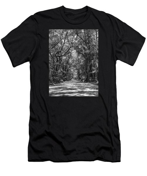 Road To Angel Oak Grayscale Men's T-Shirt (Athletic Fit)