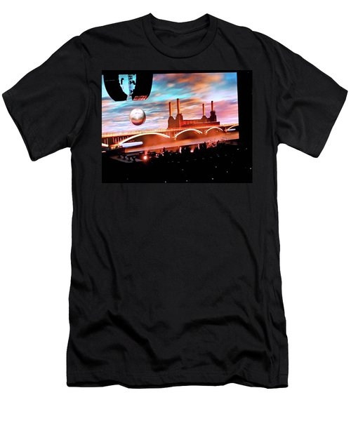 Roger Waters Tour 2017 - Welcome To The Machine Men's T-Shirt (Athletic Fit)