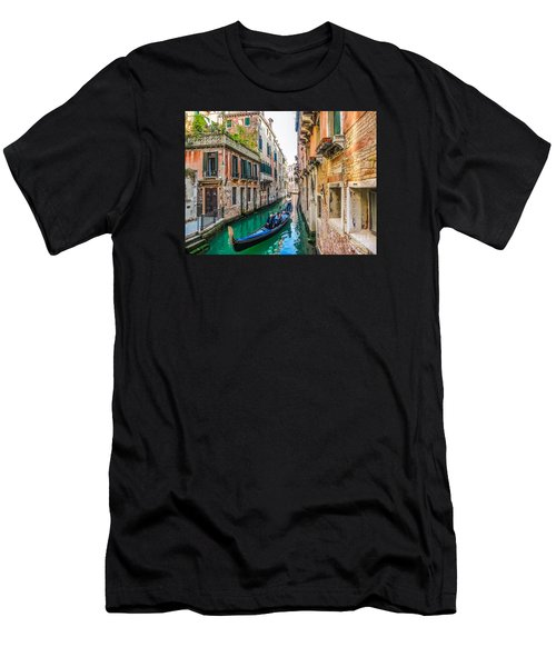 Romantic Gondola Scene On Canal In Venice Men's T-Shirt (Athletic Fit)