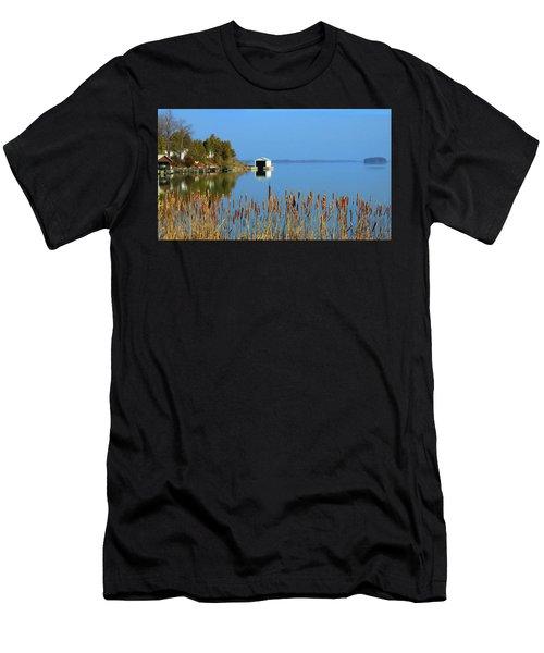 Rose Bay Men's T-Shirt (Athletic Fit)
