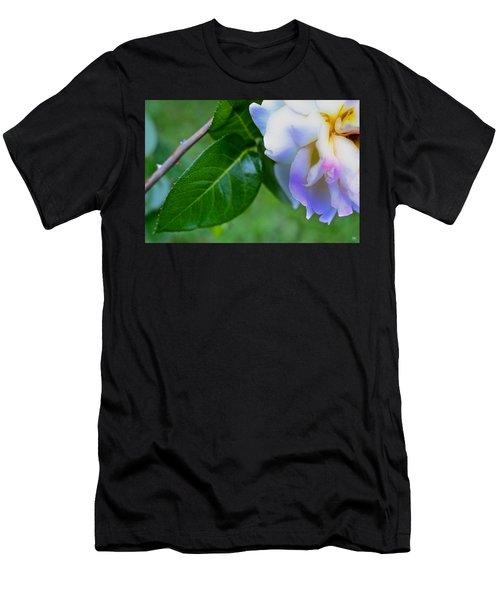 Rose Pedals Men's T-Shirt (Athletic Fit)