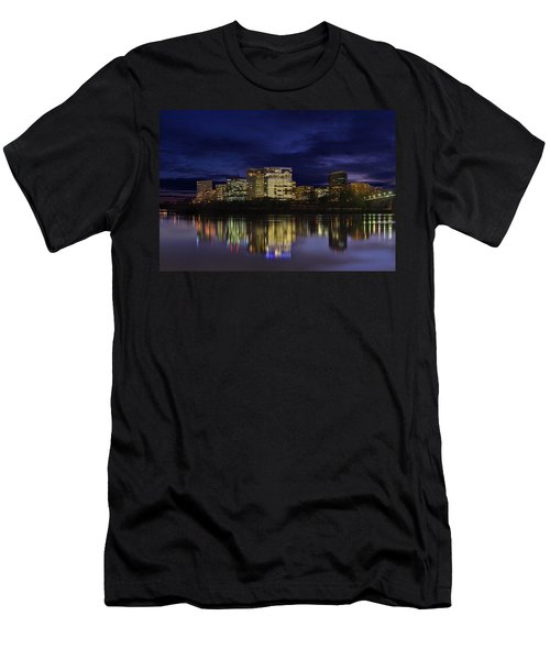 Rosslyn Skyline Men's T-Shirt (Athletic Fit)