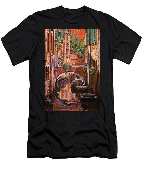 Rosso Veneziano Men's T-Shirt (Athletic Fit)