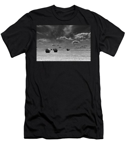 Round Straw Bales Landscape Men's T-Shirt (Athletic Fit)