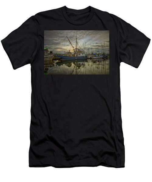 Men's T-Shirt (Slim Fit) featuring the photograph Royal Banker by Randy Hall