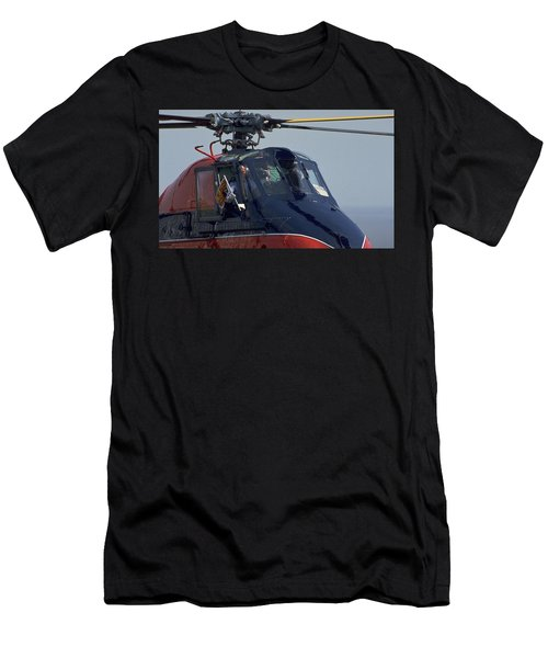 Royal Helicopter Men's T-Shirt (Athletic Fit)