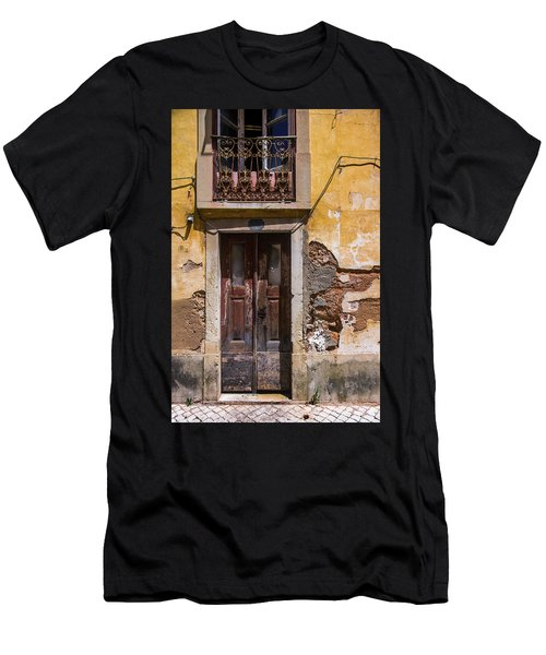 Ruined Yellow House Men's T-Shirt (Athletic Fit)