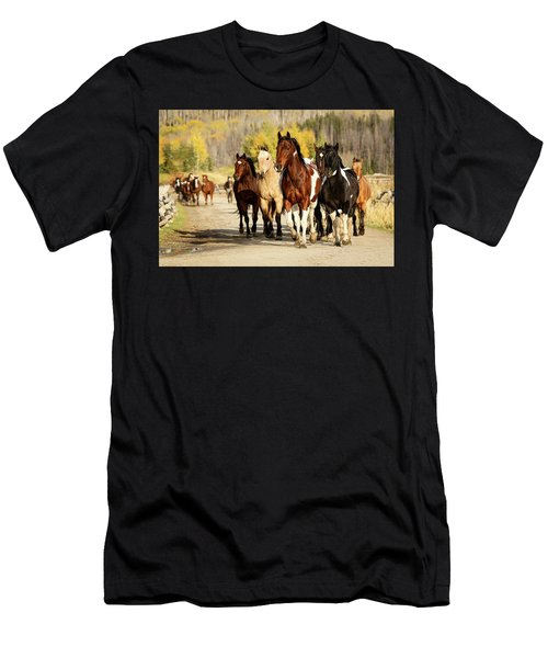 Run Out Men's T-Shirt (Athletic Fit)