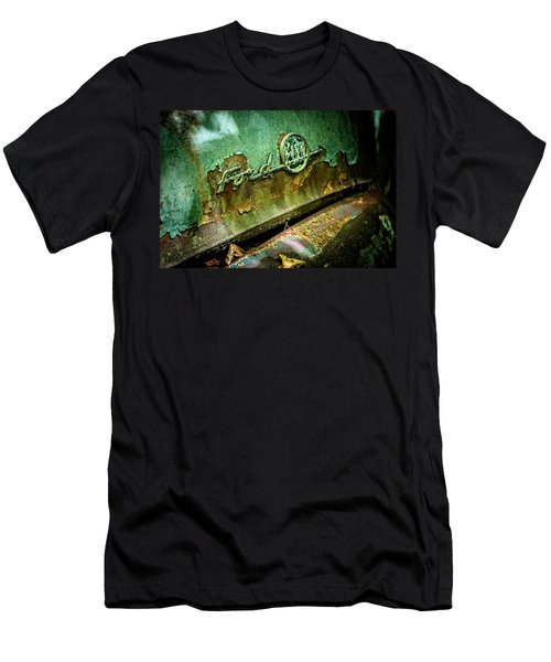 Rusted Ford Men's T-Shirt (Athletic Fit)