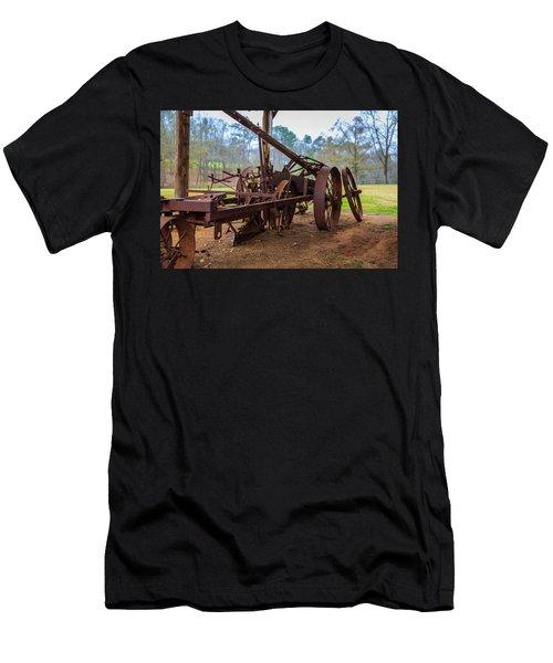 Rusty Farming Men's T-Shirt (Athletic Fit)