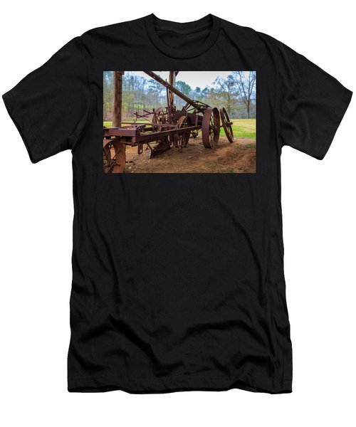 Rusty Farming Men's T-Shirt (Athletic Fit)