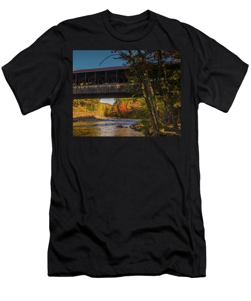 Saco River Covered Bridge Men's T-Shirt (Athletic Fit)