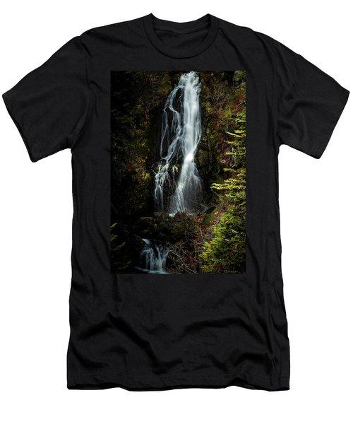 Sahale Falls Men's T-Shirt (Athletic Fit)