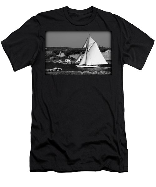 sailboat - a one mast classical vessel sailing in one of the most beautiful harbours Port Mahon Men's T-Shirt (Athletic Fit)