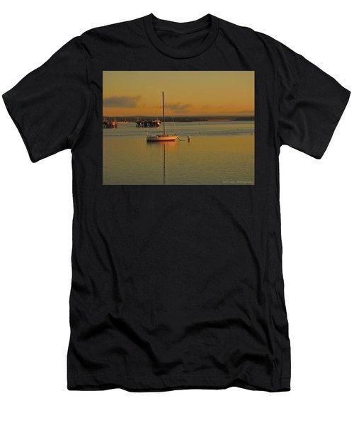 Sailboat Glow Men's T-Shirt (Athletic Fit)