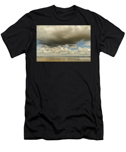 Sailing The Irrawaddy Men's T-Shirt (Athletic Fit)