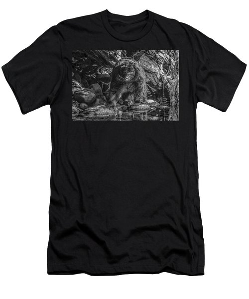 Salmon Seeker Black Bear  Men's T-Shirt (Athletic Fit)