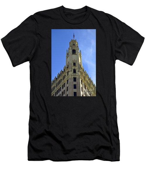 San Antonio Building 3 Men's T-Shirt (Athletic Fit)