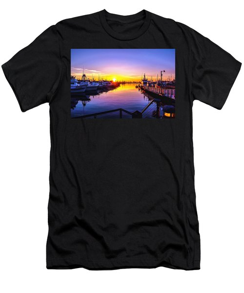 San Diego Harbor Sunrise Men's T-Shirt (Athletic Fit)