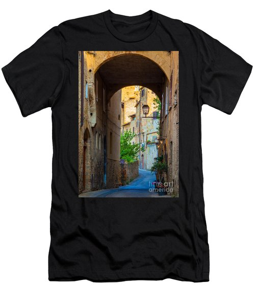 San Gimignano Archway Men's T-Shirt (Athletic Fit)