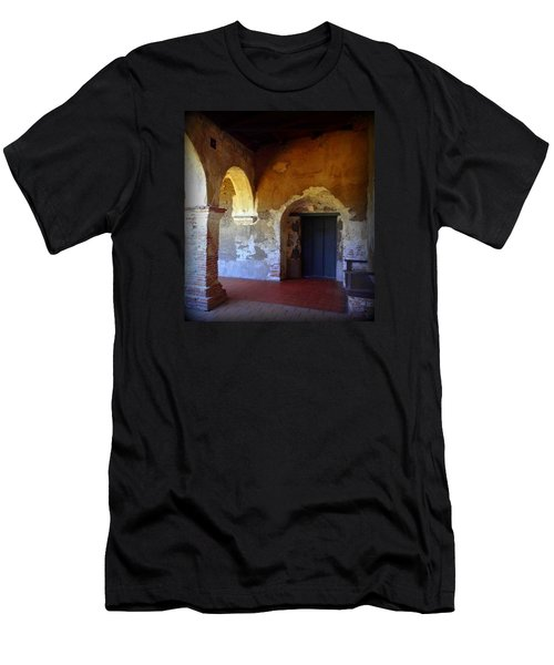 San Juan Capistrano Mission Men's T-Shirt (Athletic Fit)