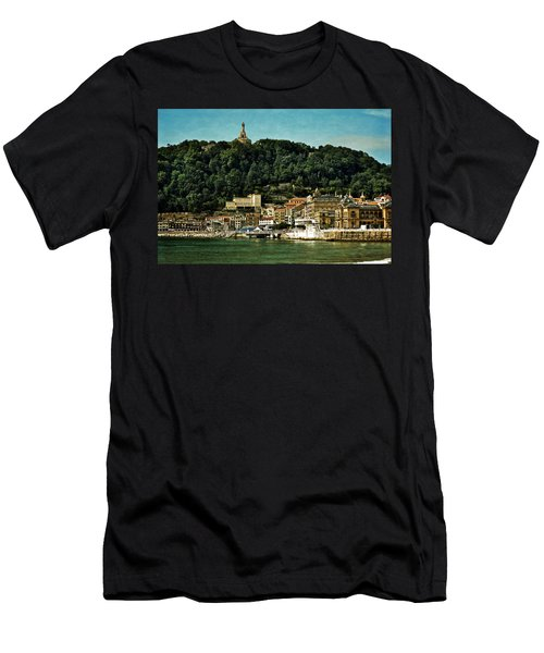 San Sebastian Spain Men's T-Shirt (Athletic Fit)