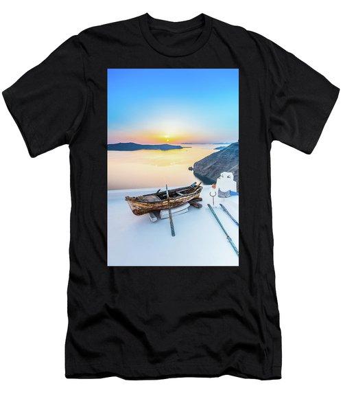 Santorini - Greece Men's T-Shirt (Athletic Fit)